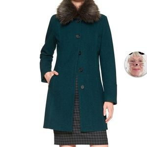 Black wool coat with removal faux fur collar